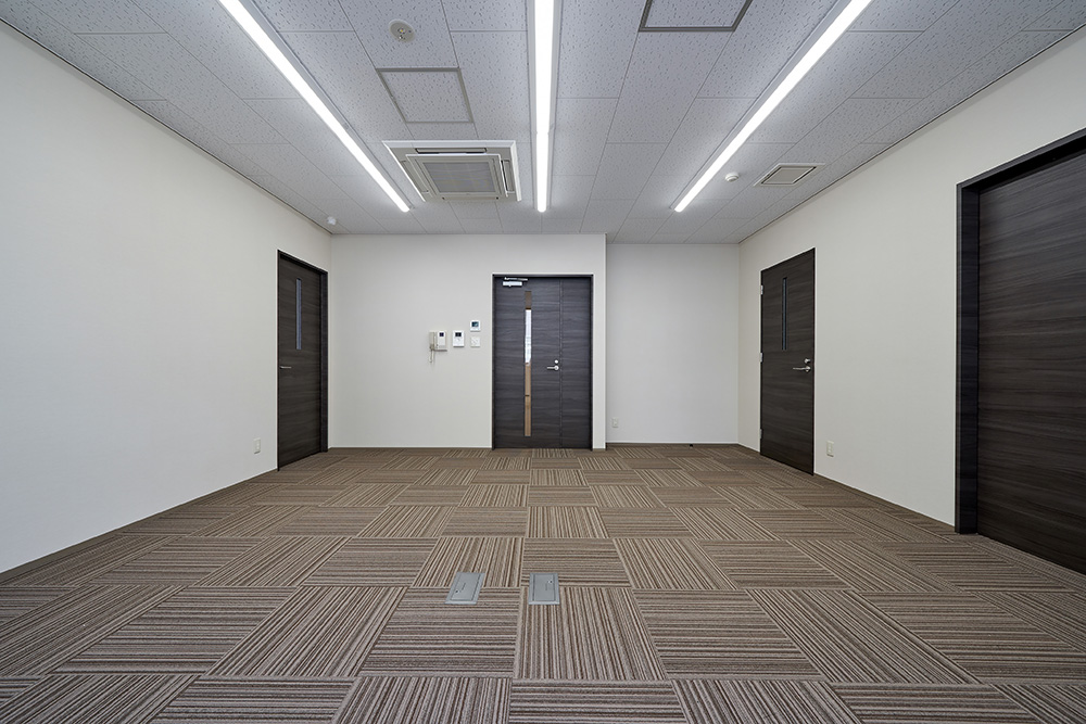 1F-事務衣室